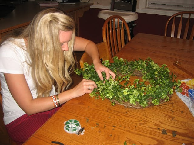 Easy greenery wreath tutorial - Hobby Lobby DIY