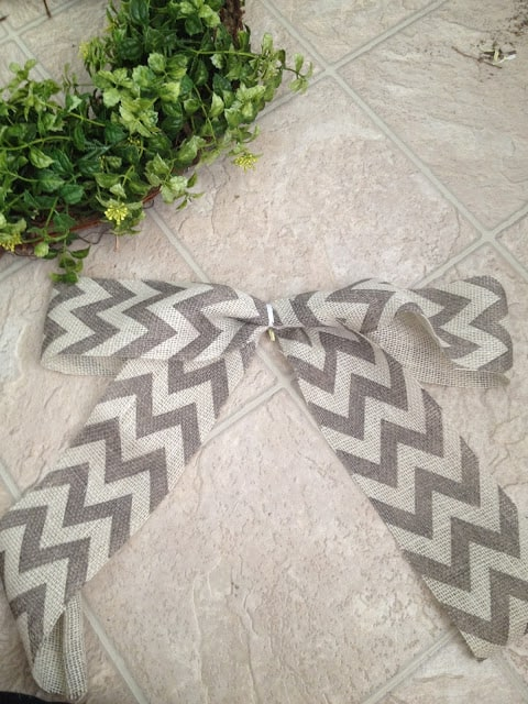 Burlap and Chevron Bow DIY