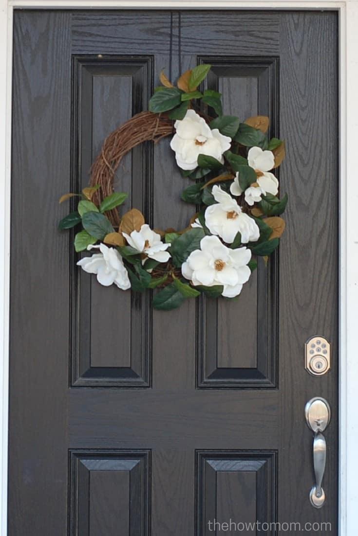 DIY Farmhouse Style Magnolia Wreath