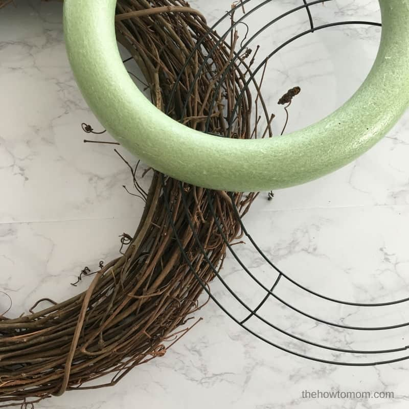 How to Make a Wreath - The Ultimate Wreath Making Guide