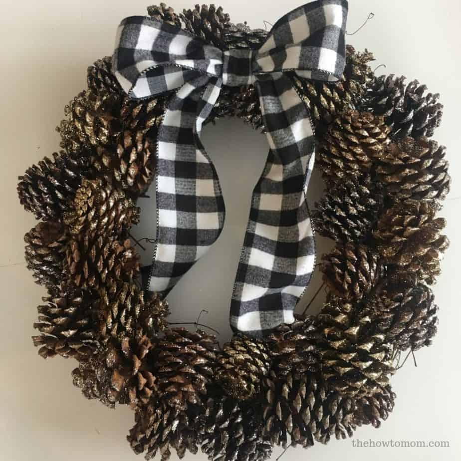Pinecone Wreath DIY