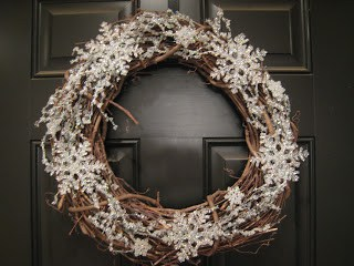 Snowflakes and Ice Wreath from TeachCraftLove - January Wreath Ideas