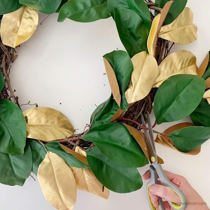 christmas magnolia wreath DIY