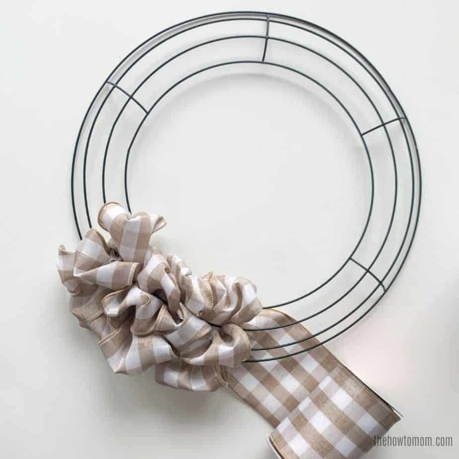 DIY Wreath with Ribbon